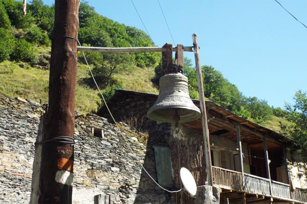ウシュグリの鐘