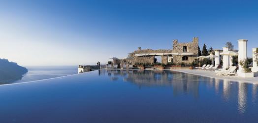 ラヴェッロのホテル ~ アマルフィ海岸