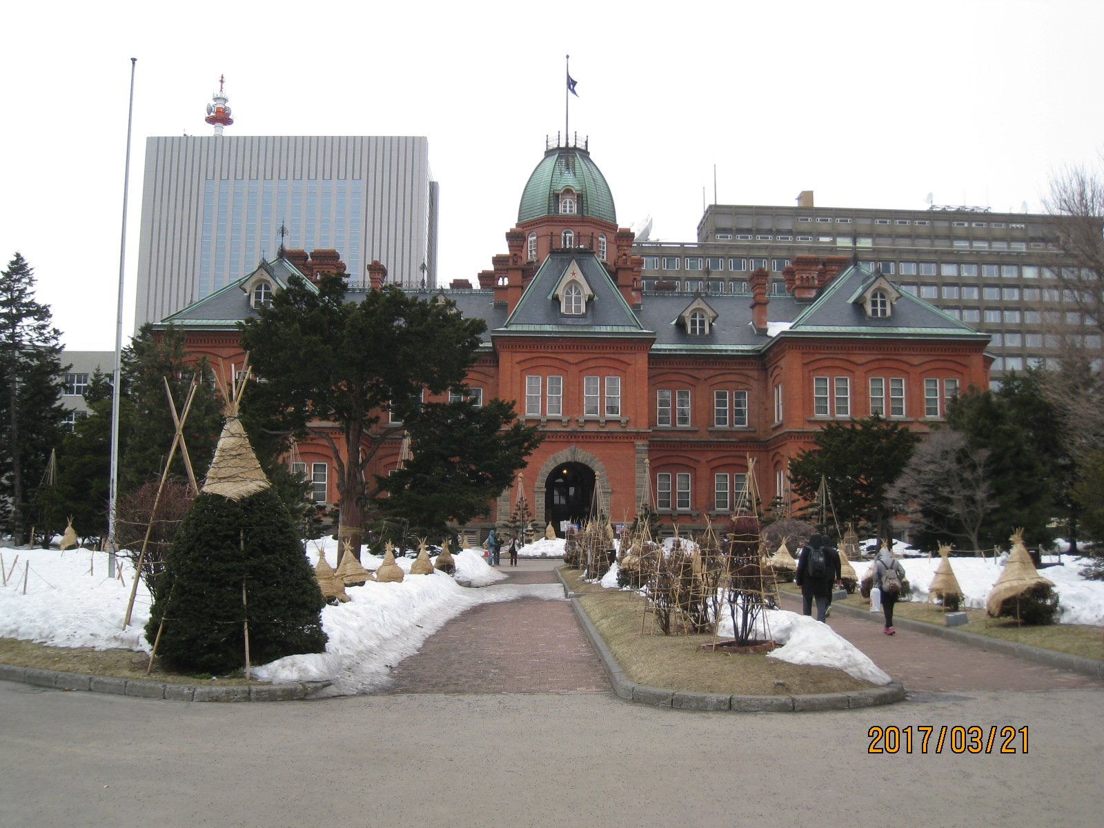 Bu45  早春の旧北海道庁